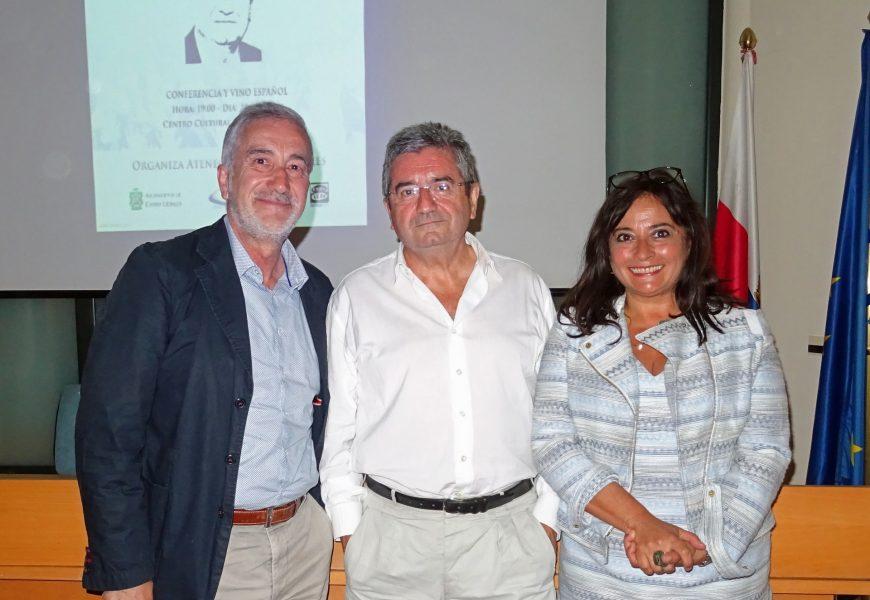 """Txema Montero imparte su conferencia """"El fin de ETA y sus consecuencias"""""""