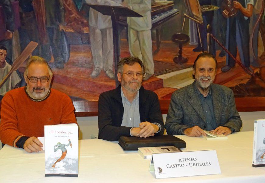 """José Antonio Abella presentó su nueva novela """"El hombre pez"""""""