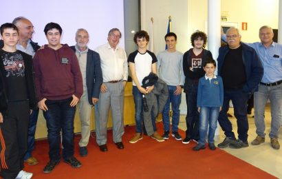 «La sombra de los Agujeros Negros» – Conferencia impartida por Gonzalo Cañadas Echagüe